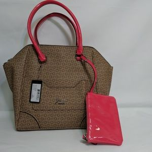 Guess G logo women's shoulder handbag NWT